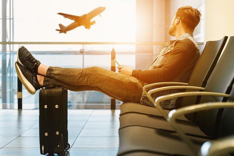 Paszporty covidowe - jak przygotować się do wyjazdu, by nie stracić pieniędzy?